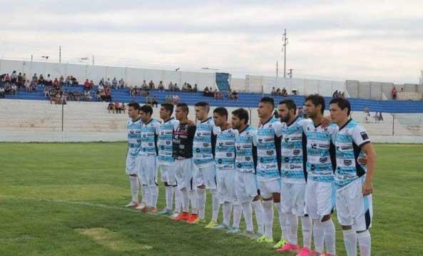 El equipo argentino que tiene ¡34 sponsors! en la camiseta