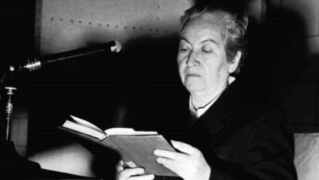 Piececitos: El poema de Gabriela Mistral que criticó la precaria situación infantil en Chile