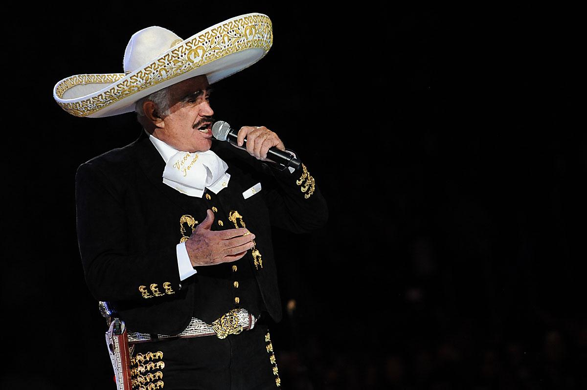 Vicente Fernández prepara su último concierto