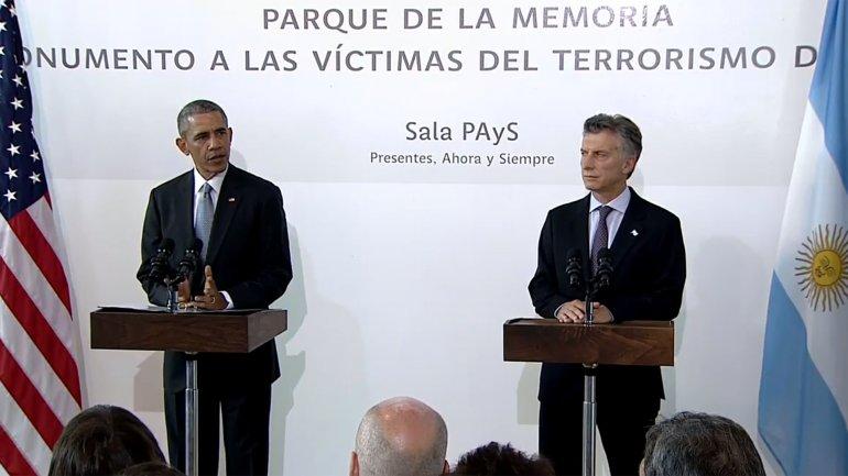 Obama junto a Macri en el Parque de la Memoria a 40 años de la dictadura Argentina