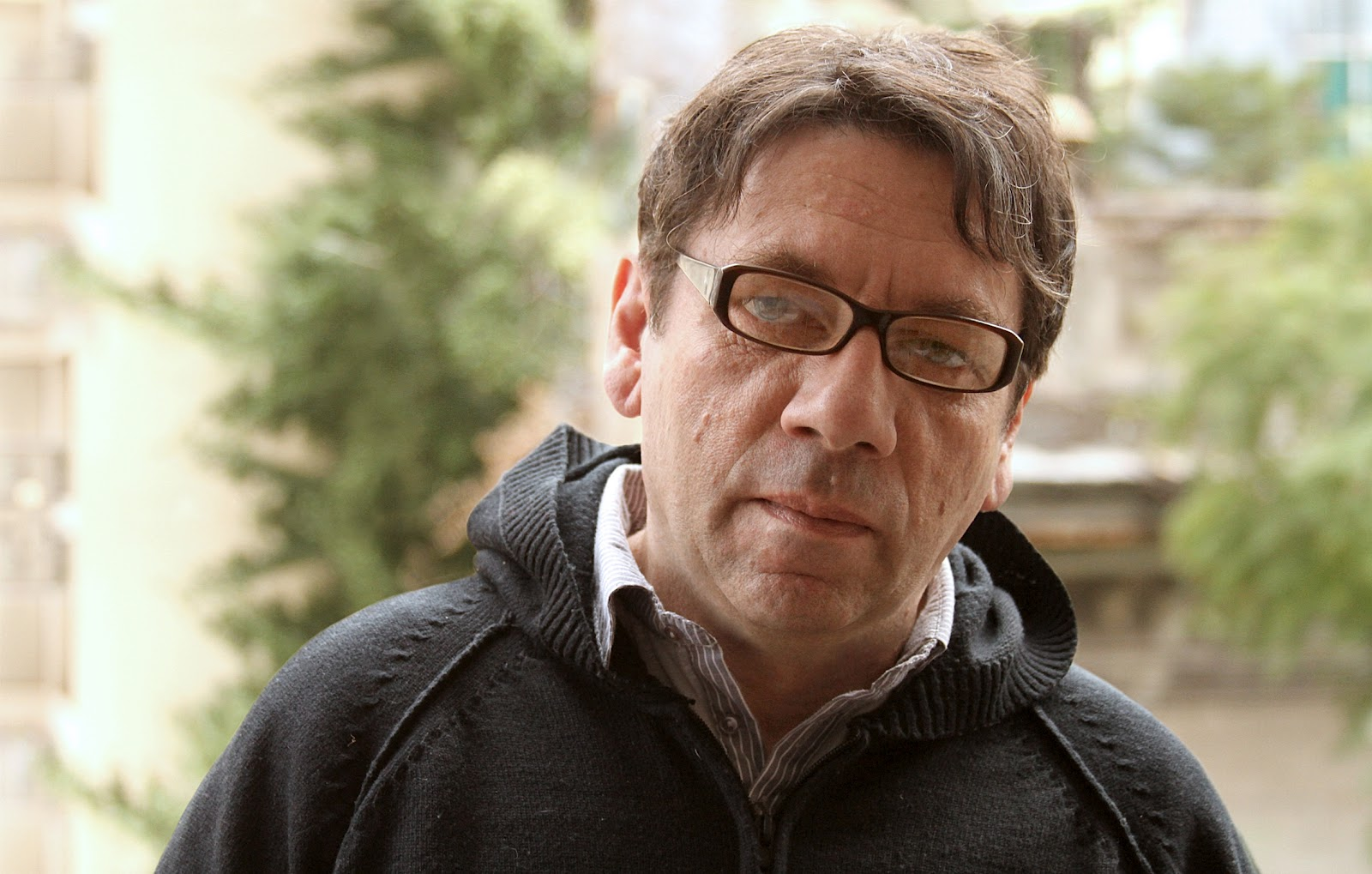 Entrevista a Osvaldo Bossi: «Cualquier definición de poesía sería insuficiente»