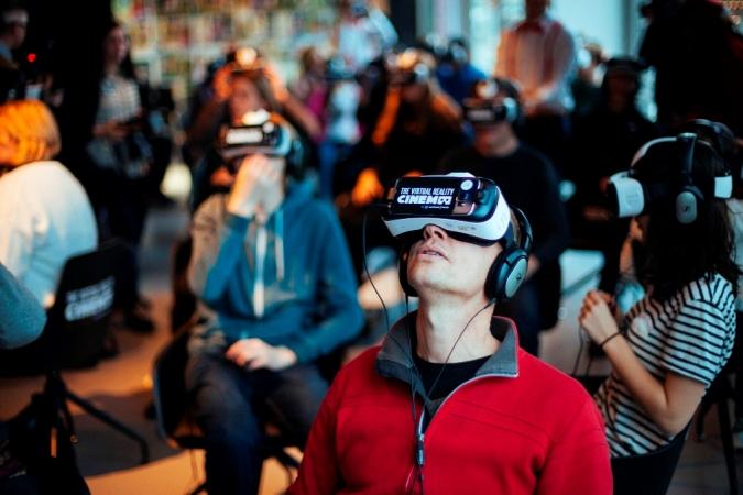 Amsterdam: Inauguran la primera sala de cine para realidad virtual