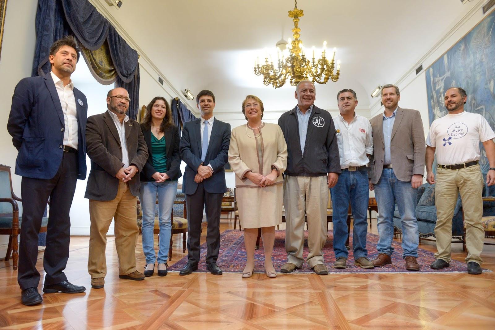 El Colegio de Periodistas expresa «preocupación» por metodología del Proceso Constituyente