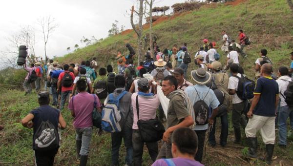 Colombia: Asesinan a líder campesino que luchaba contra paramilitarismo