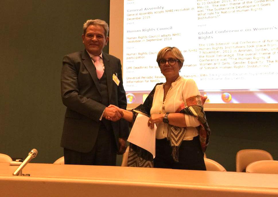 INDH y Defensoría del Pueblo de Bolivia firman convenio para defensa de Derechos Humanos