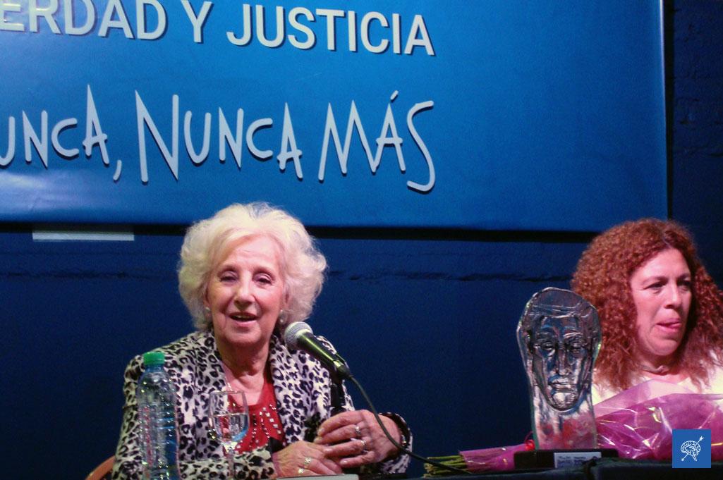 """Estela de Carlotto presentó """"Laura"""", un libro sobre la vida y militancia de su hija asesinada durante la última dictadura cívico militar"""