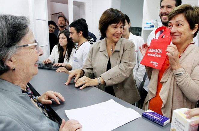 Providencia inaugura primera Farmacia Comunitaria del sector oriente de Santiago