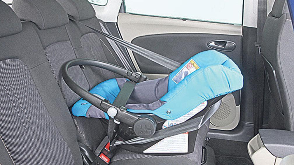 Estas son las nuevas (y más duras) exigencias para el traslado de niños en autos