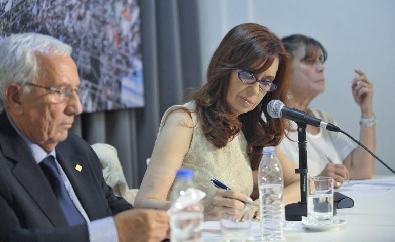 """Según Recalde, Cristina Kirchner """"está preocupada por el desempleo"""""""
