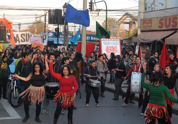 A lo largo de Chile se alzó la voz contra el TPP en jornada de movilización
