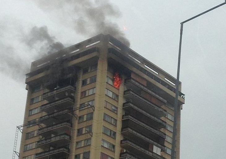 Incendio en torre militar de Las Condes habría intentado ocultar un asesinato