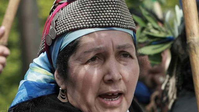 Machi Francisca Linconao seguirá detenida pese a grave estado de salud