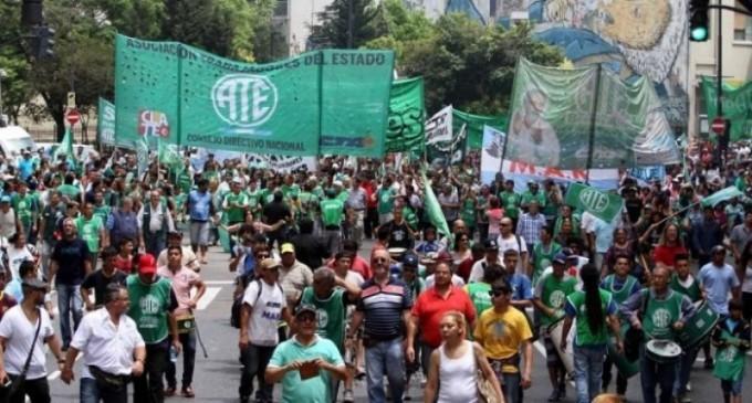 Paro nacional de ATE contra los despidos y el veto presidencial