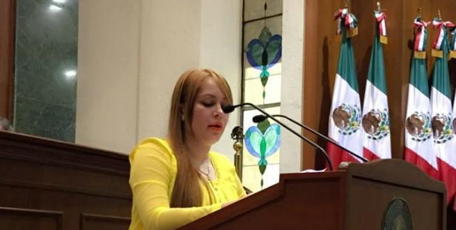 """Es procedente el desafuero de Lucero Sánchez """"la chapodiputada"""""""