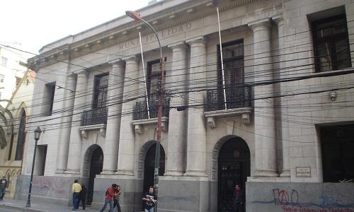 Escándalo en el municipio de Valparaíso: Tres mil millones de pesos están «desaparecidos»