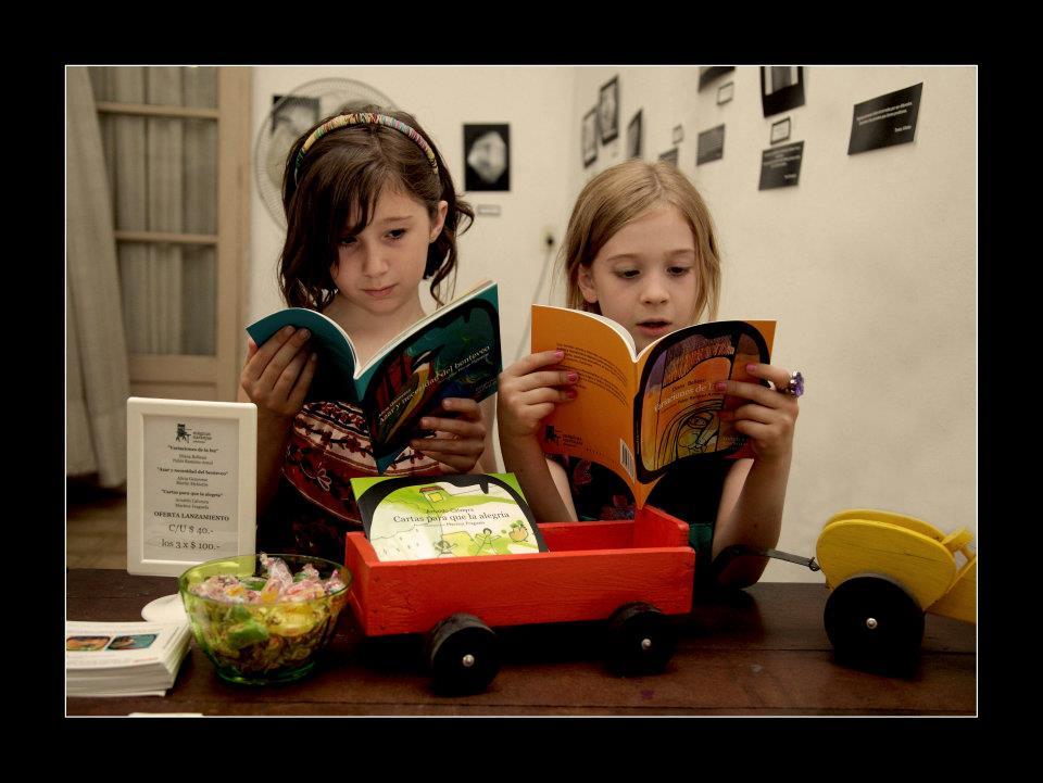 Mágicas Naranjas: una editorial independiente de Argentina que acerca la poesía a los niños