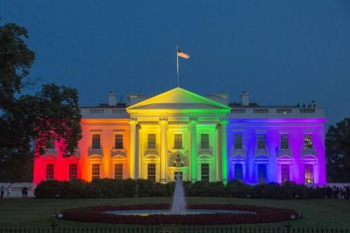 La Moneda se iluminará con los colores del arcoiris por el Día Internacional contra la Homofobia