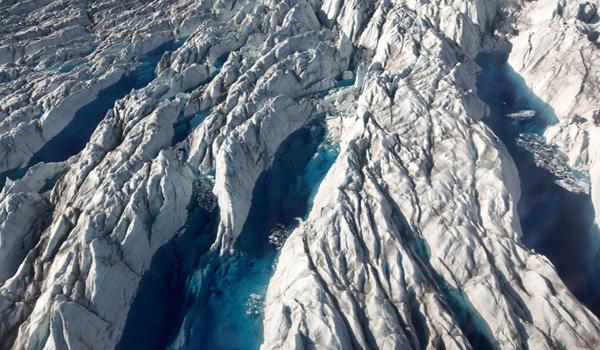 Enorme y antigua cuenca fluvial explica la ubicación del glaciar más rápido de Groenlandia