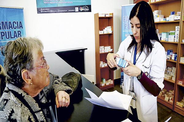Farmacias comunales: 36 mil recetas despachadas cubriendo a más de 300 mil pacientes