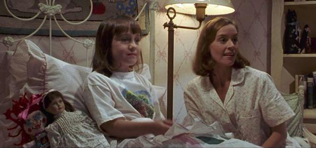 La profesora de «Matilda» hoy tiene 50 años y sorprende a todos con su apariencia actual