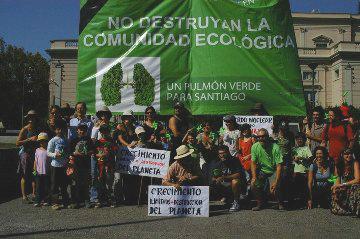 Ecologistas exigen respuesta del Ministerio del Medio Ambiente por presunto fraude en modificación del Plan Regulador de Peñalolén