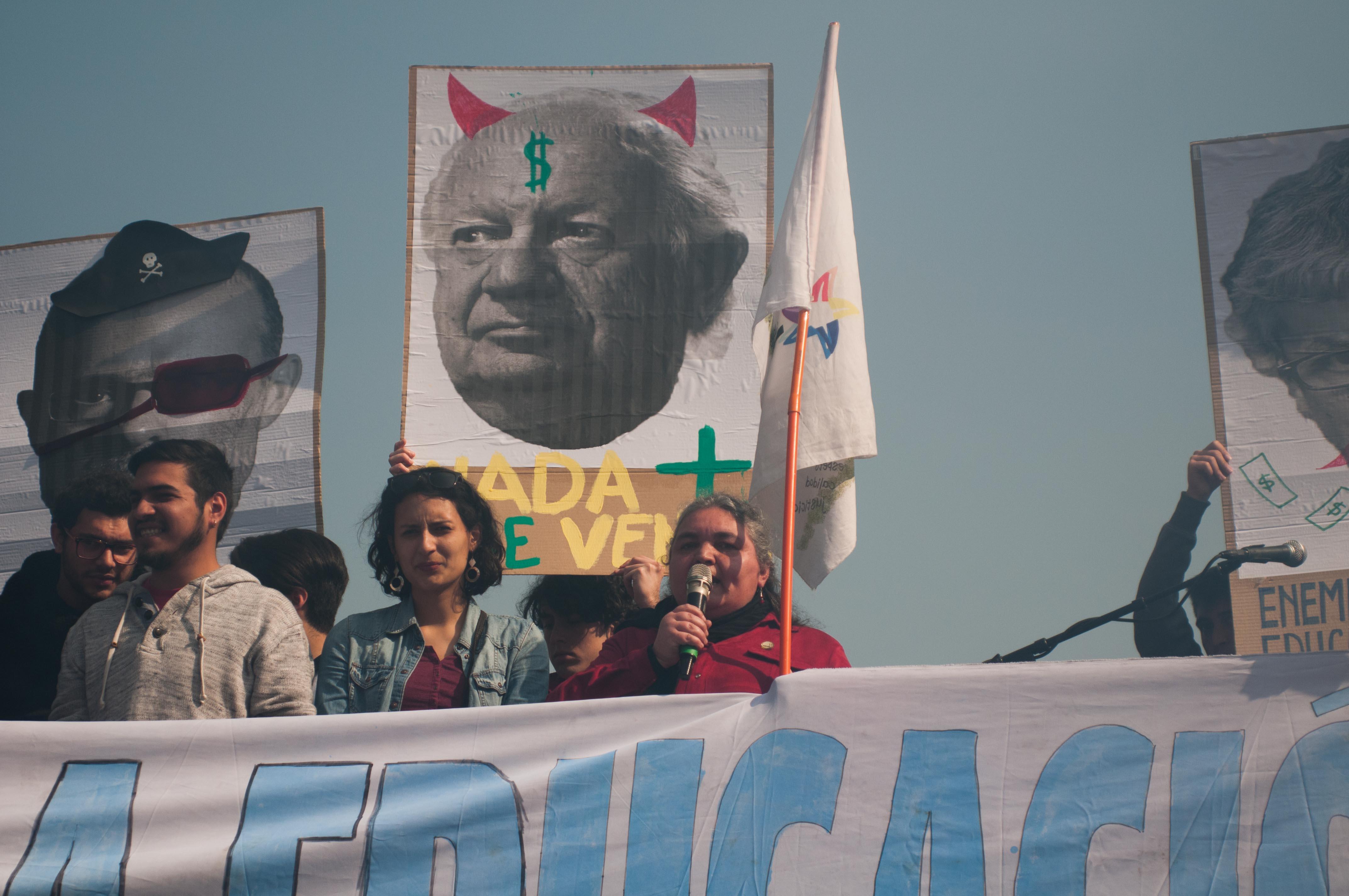 Marcha estudiantil: 50 mil personas marcharon en Santiago