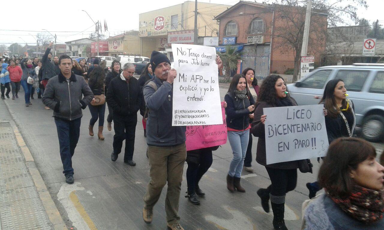 Profesores de Cerro Navia paralizan por crisis financiera de la educación municipal