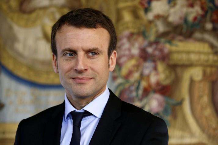 Francia: Dimite ministro de Economía para impulsar nuevo movimiento político