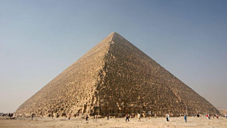 Egiptólogos descubren un antiguo mecanismo de defensa en la Gran Pirámide de Guiza