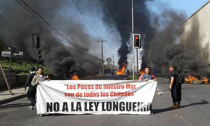Gobierno reconoce problemas de «legitimidad» de Ley Longueira, pero descarta su anulación