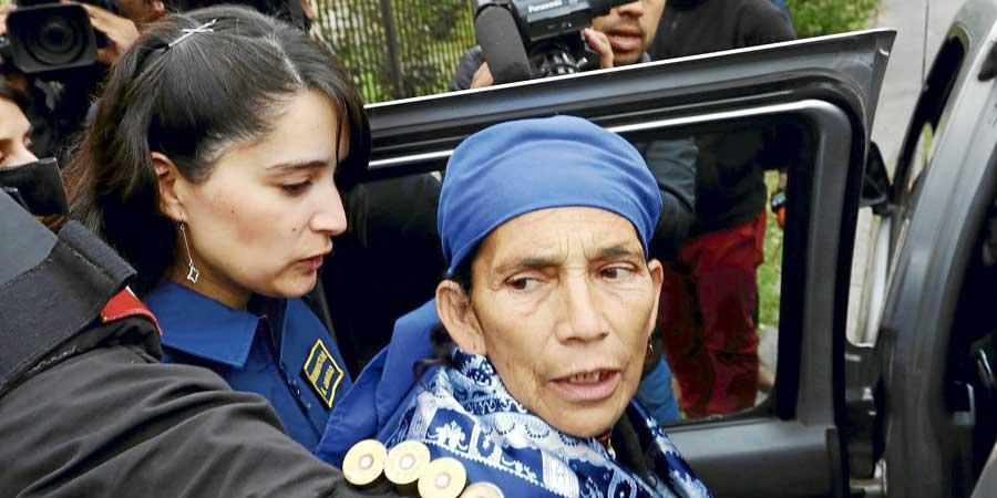 Justicia ordena retorno a la cárcel de machi Francisca Linconao y 3 imputados por el caso Luchsinger-Mackay