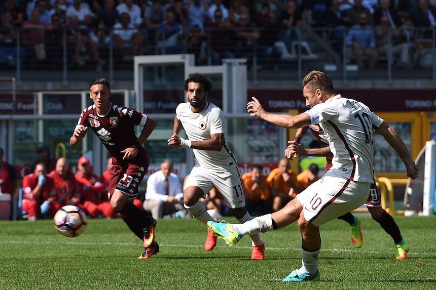 La leyenda de Totti continúa: Llega a los 250 goles en la Serie A