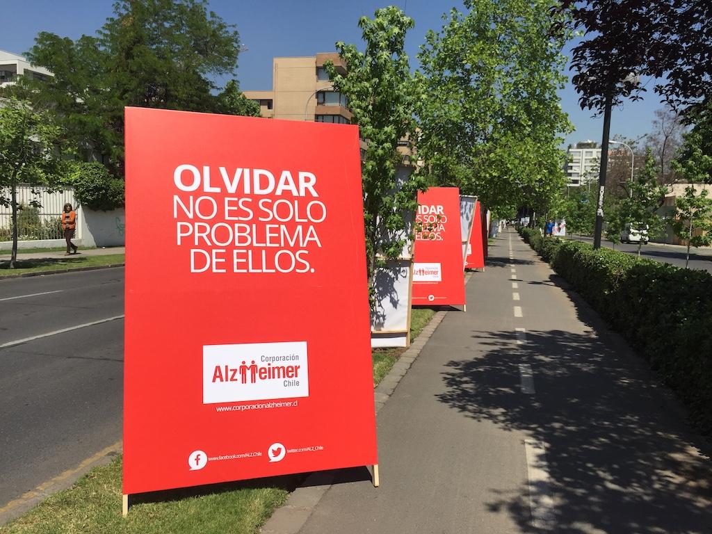 Acción creativa para fundación Alzheimer Chile cambia el sentido deestas elecciones