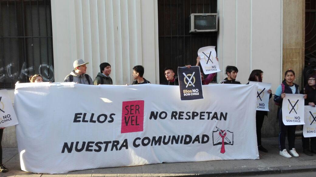 """ACES insiste tras toma del Servel: """"No queremos que los liceos se conviertan en sedes de corrupción"""""""