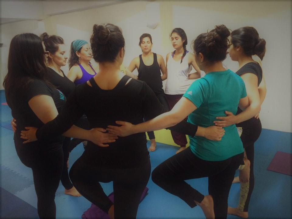Expo Yuukti ofrece clases de Yoga para todo público a mil pesos