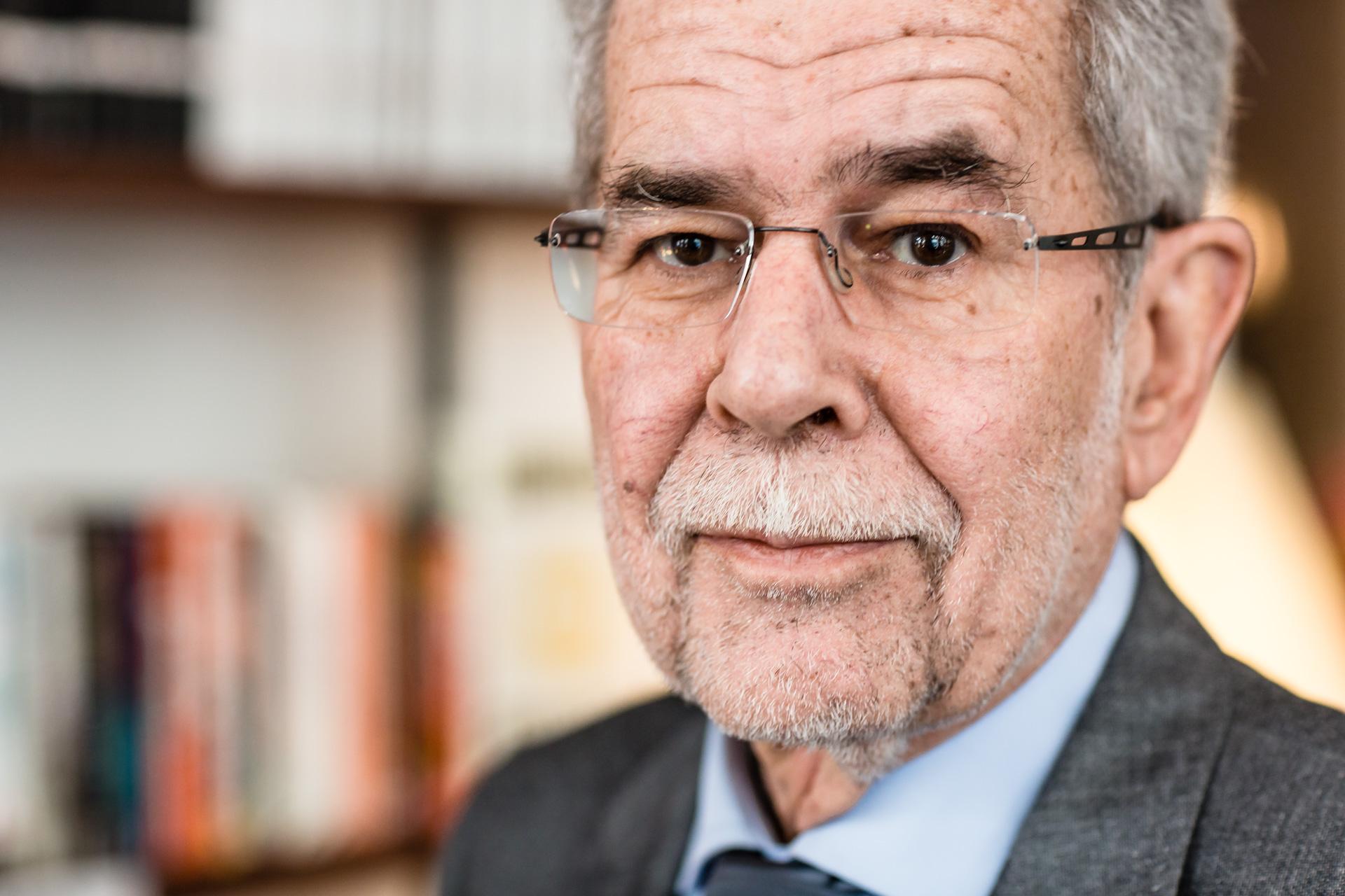 Analista internacional baja la euforia tras derrota de la ultraderecha xenófoba en Austria