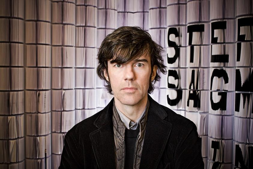 Un imperdible para los fanáticos del diseño: Stefan Sagmeister en Chile