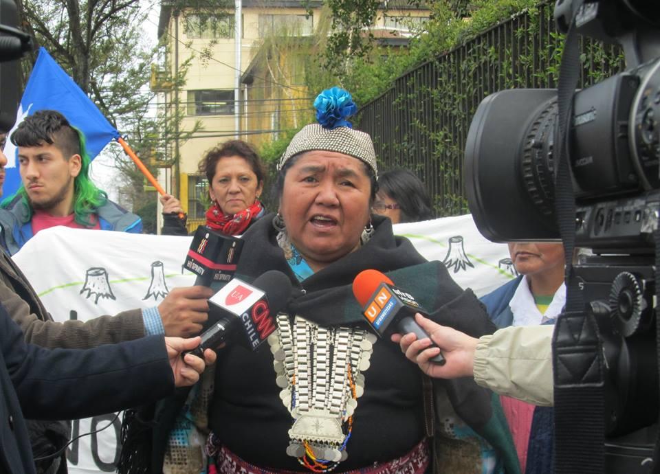 Ana Llao, referente del pueblo mapuche: «Ni en dictadura tuvimos a una machi acusada»