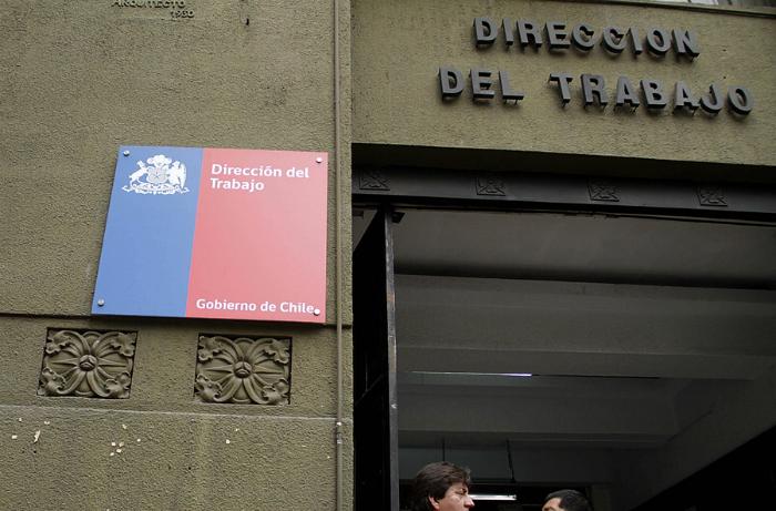 Sofofa busca restringir dictamen de la DT que permite a sindicatos conocer sueldos de ejecutivos de empresas