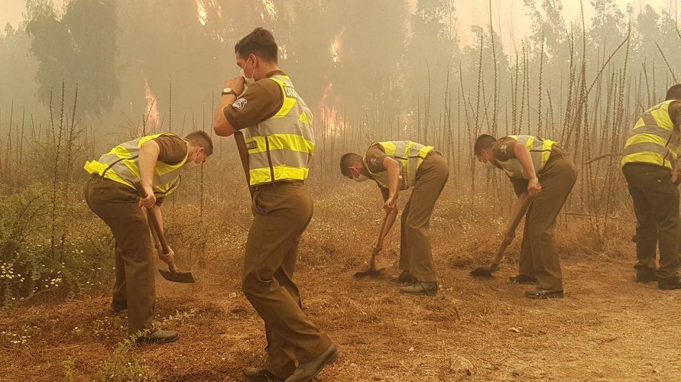 Incendios dejan en evidencia las carencias del Estado subsidiario chileno