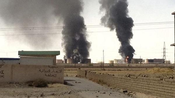 Siria: Daesh destruye la petrolera de Hayyan, la mayor del país