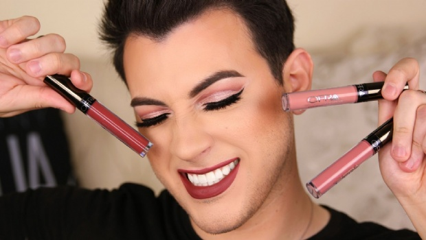 La tendencia de los «Beauty Boys», chicos expertos en maquillaje (VIDEO)