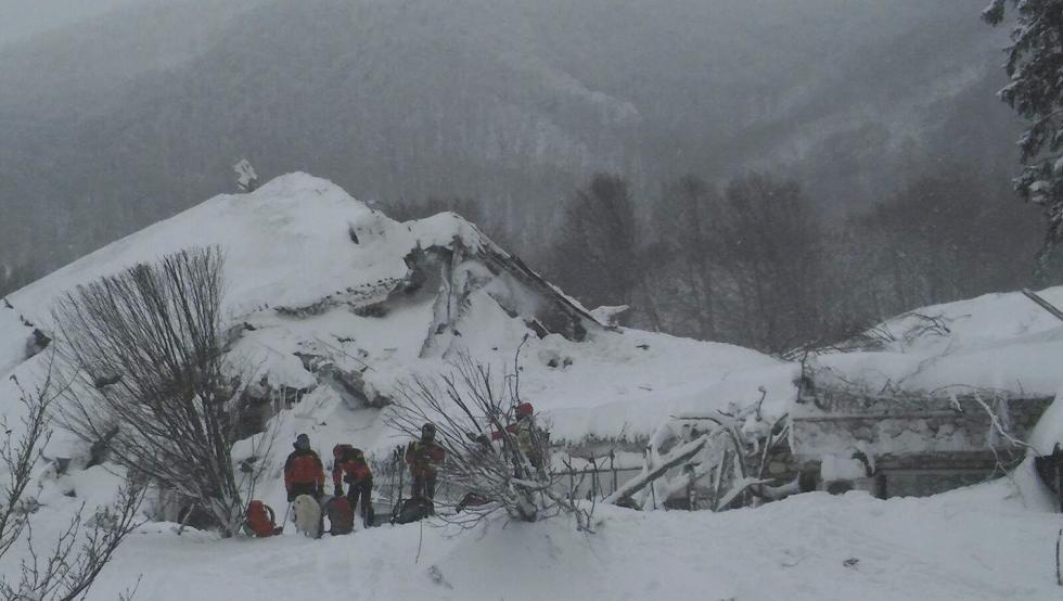 Al menos cuatro esquiadores muertos en los Alpes franceses