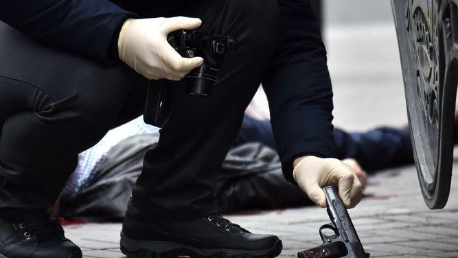 Matan a tiros a un ex diputado ruso en el centro de la capital de Ucrania