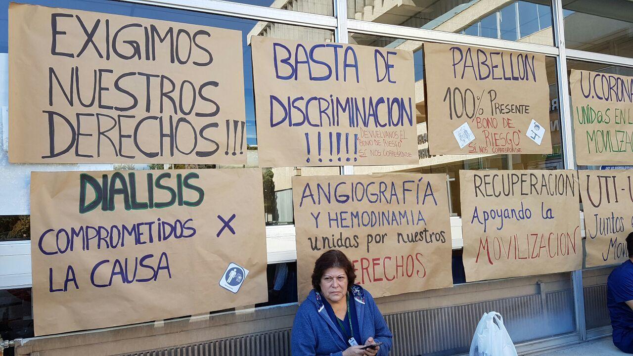 Paro de enfermeros de hospital Dipreca: Demandan reponer bono de riesgo