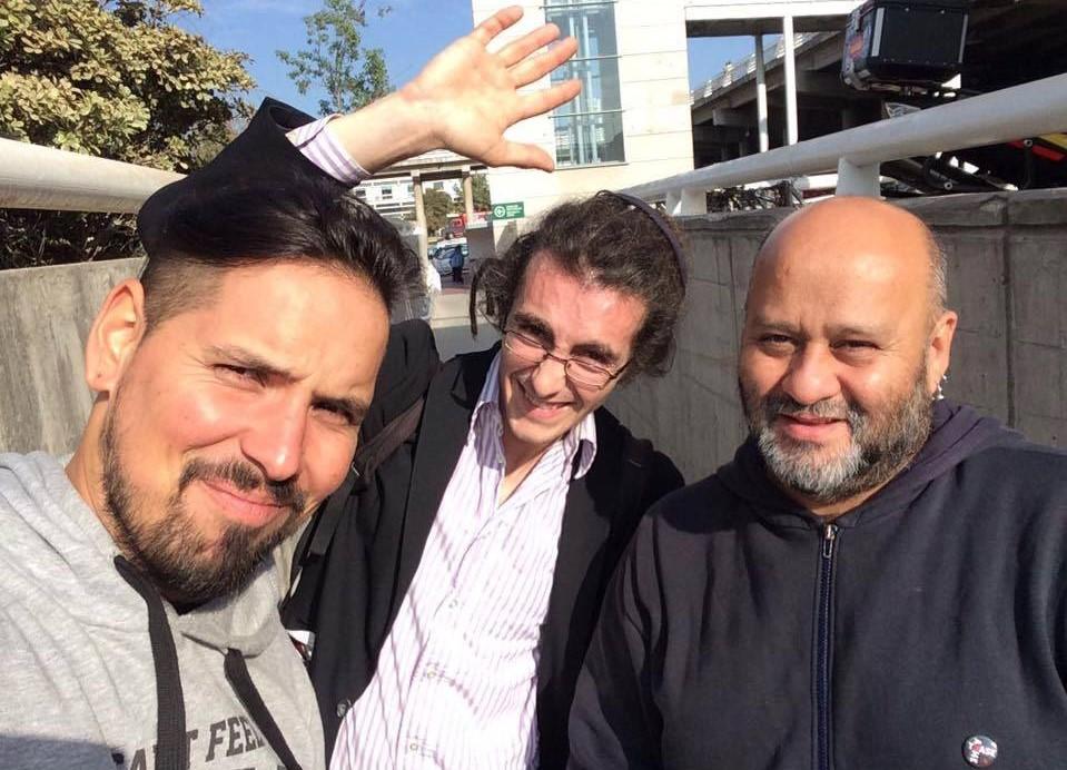 Papelón del Intendente Orrego: Periodista italiano expulsado ya está de vuelta en Chile