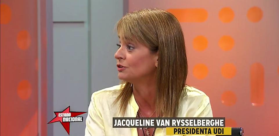 Van Rysselberghe se niega a hablar de «dictadura», solo reconoce «excesos» y trata de «chantajista» a machi Linconao