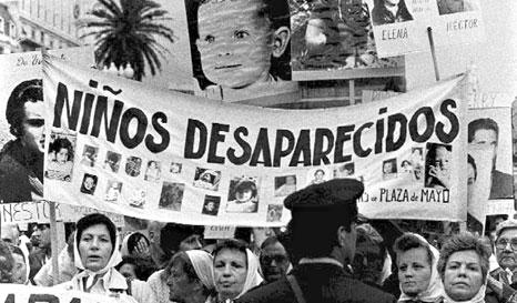 Ni el flaco perdón de Dios: los duros relatos de los hijos de desaparecidos en Argentina