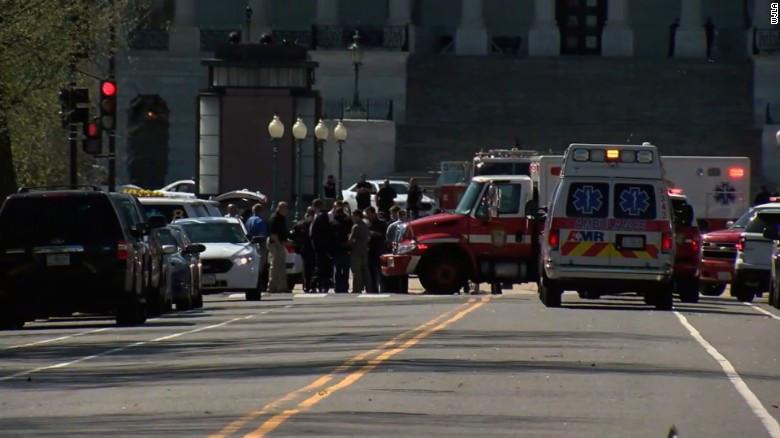 Un muerto y un herido en EE.UU. en un tiroteo ocurrido en un autobús