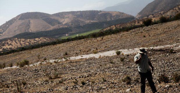 Habitantes de La Ligua no tienen agua: camión los abastece con 50 litros diarios